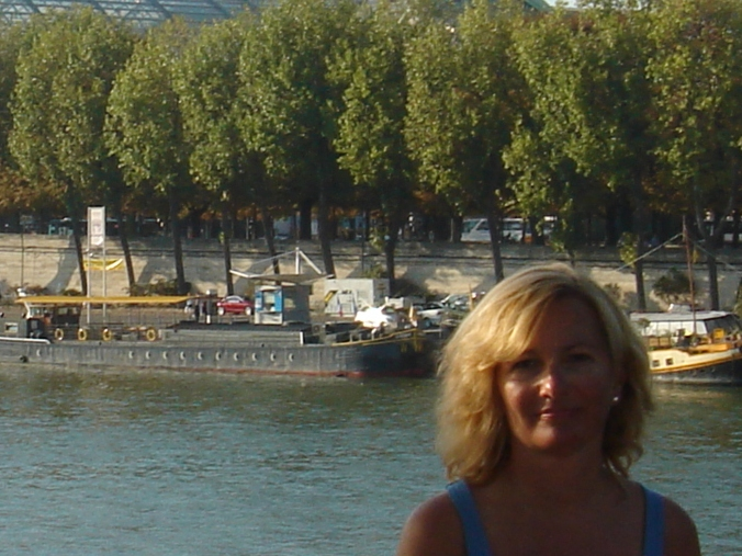 Riverside in Paris, 2009